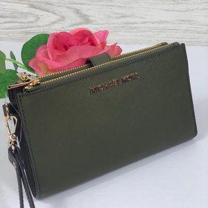 ❤️Michael Kors DoubleZip Wallet Wristlet Green